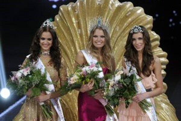 Novými kráľovnami krásy sú Kristína, Denisa a Silvia.