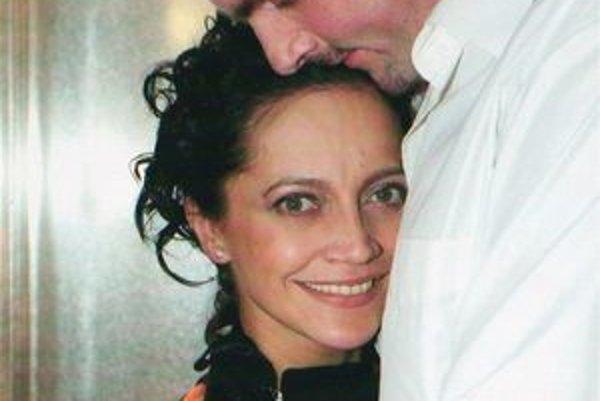 Ľúbia sa, no svadba nebude. Lucie Bílá ju už po dvoch rozvodoch považuje za nezmysel.