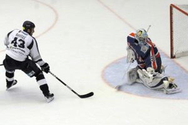 Peter Bartoš. Kapitán HC Košice vraví, že divákov počas Cassovia Hockey Cupu nechcú sklamať.