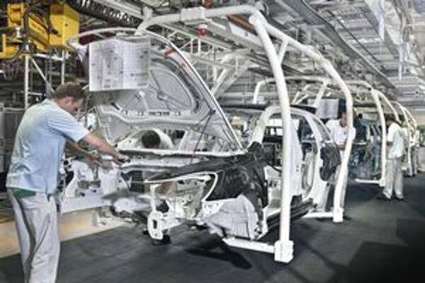 Škoda Octavia Green E Line. Výroba elektromobilu Škoda Octavia Green E Line. Prvý elektromobil značky Škoda je poháňaný elektromotorom výkonu 60 kW.