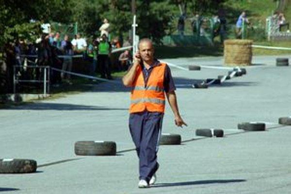 Riaditeľ pretekov Ivan Tököly.