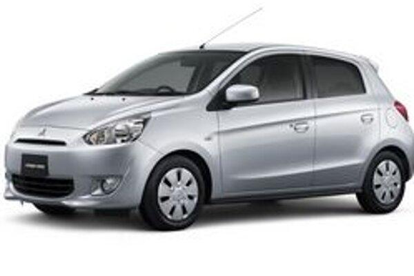 Kompaktný Mitsubishi Mirage. Na pohon modelu Mirage, ktorý sa začne predávať najprv v Thajsku, slúži jednolitrový trojvalec.