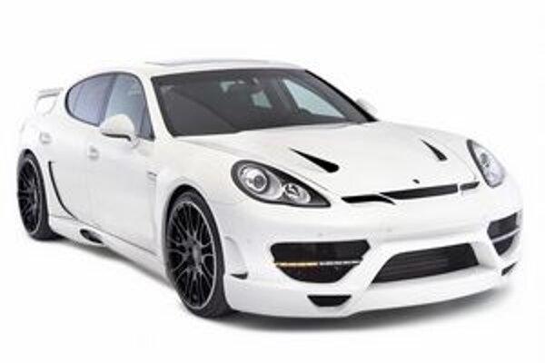 Športová limuzína Hamann Cyrano. Základom modelu Cyrano je Porsche Panamera Turbo.