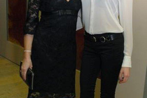 Faktu, že tieto dve dámy ľudia považujú za sestry, sa niet čo čudovať...