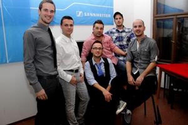 No Name. Rok zakončili so svojimi rodinami, v tom novom budú opäť koncertovať a pracovať na novom CD.