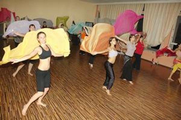 Orientálny tanec nie je obmedzený vekom, postavou ani talentom.