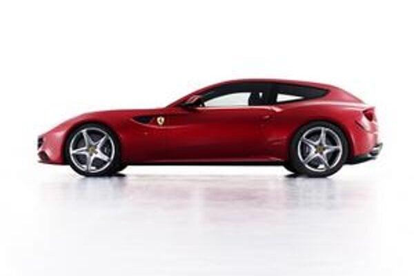 Nové Ferrari FF. Ide o prvý automobil značky Ferrari s pohonom všetkých kolies.