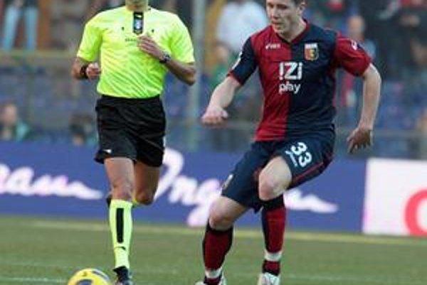Juraj Kucka. Za svoj výkon v drese FC Janov si vyslúžil miesto v ideálnej jedenástke Serie A.