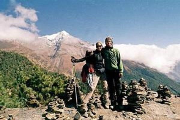 Turistka. Herečka má po rokoch v Nepále dobrú kondičku.