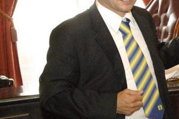 Jozef Vukušič má už lístok na zápas Angličanov s Alžírskom.