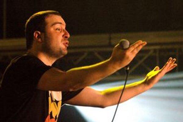 Ivan Tásler ako frontman kapely IMT Smile bude jedným z ťahákov dnešnému programu festivalu na Domaši.