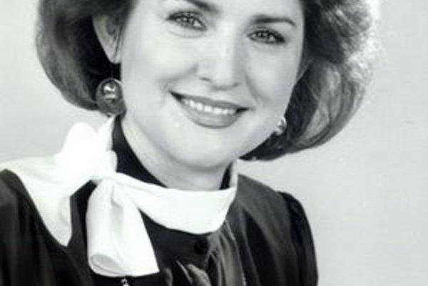 Ada Straková