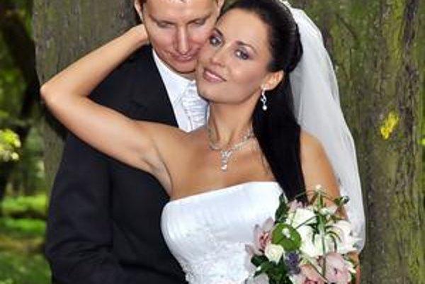 Novomanželia Pavelkovci v reality šou vyhrali, užijú si exotiku.