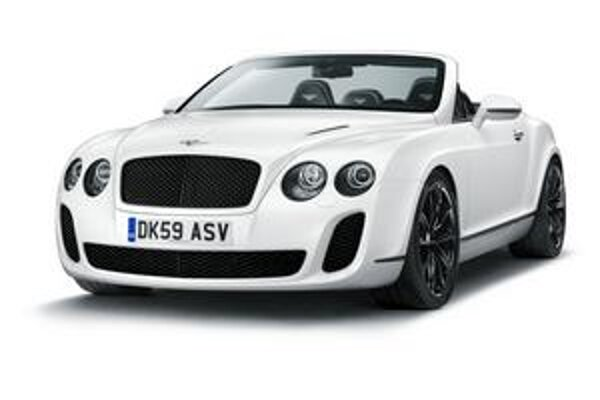 Kabriolet Bentley Continetal Supersports. Karoséria kabrioletu je, až na sklápaciu strechu, zhodná s kupé Continetal Supersports.