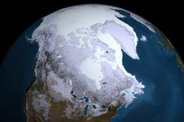 Pohľad z družice na Arktídu. Južný magnetický pól sa pomerne rýchlo presúva na sever, k zemepisnému severnému pólu.