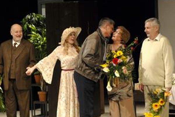 S najdôležitejšími mužmi. Manžel Jozef Adamovič ju prišiel v Košiciach podporiť aj v rámci nedávneho predstavenia S mamou.