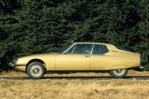 Kupé má hliníkovú karosériu. Vozidlo malo premiéru na ženevskom autosalóne pred 40 rokmi.