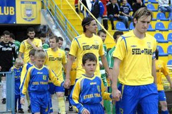 Ešte je priskoro. Či budú Košičania nastupovať na ligové zápasy v novom ročníku v takejto zostave, je ešte vo hviezdach.