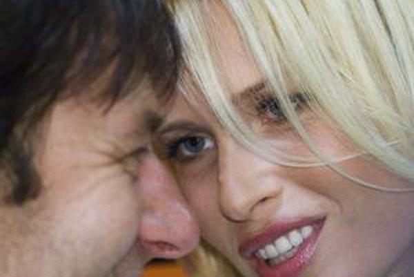 Kráska a spevák. Daniela a Paľo sú jednou veľkou šoubiznisovou záhadou.