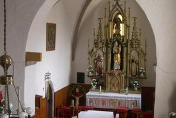 Kostol v Brutovciach. Interiér kostola.