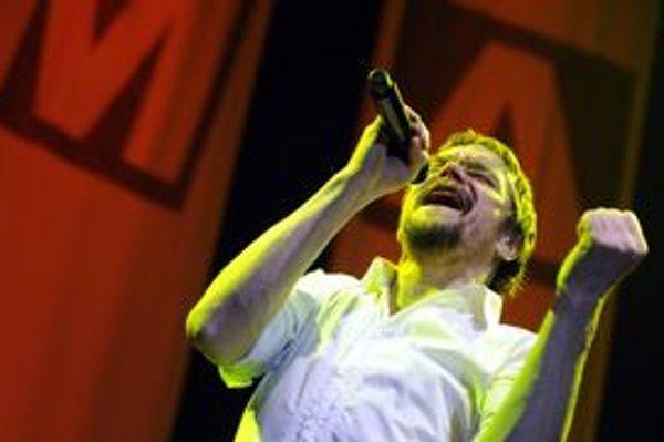 Fenomenálny český spevák Dan Bárta vystúpi dnes v prešovskom PKO - Čierny orol v rámci festivalu Jazz Prešov.