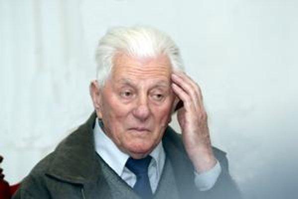 Ladislav Ťažký. S nostalgiou spomína na časy, keď jeho knihy vychádzali v desaťtisícových nákladoch.