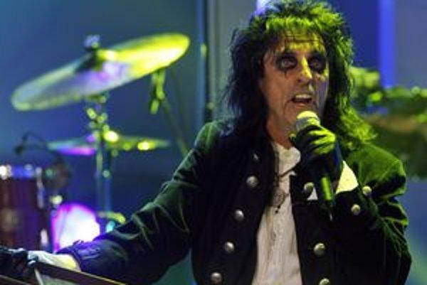 Košice sa dnes tešia na rockovú legendu, Alice Coopera.