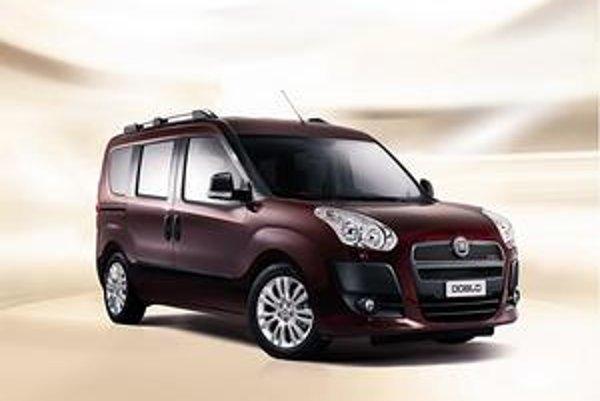Nový Fiat Doblo. Vozidlo je postavené na novej podvozkovej plošine a má väčší interiér ako predchádzajúci model.