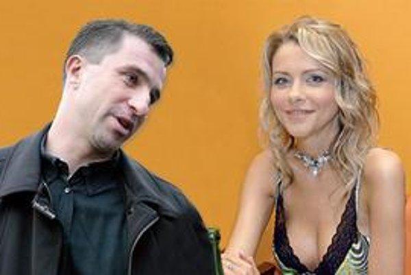 Zopakujú si svadbu? Eva budúcnosť nerieši, teší sa, že s exmanželom všetko klape, aj kvôli dcérke Saške.