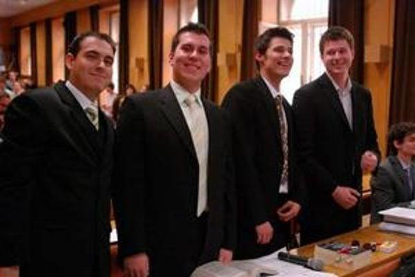 Víťazi. Košickú právnickú fakultu budú zastupovať na celoslovenskom finále v Banskej Bytrici