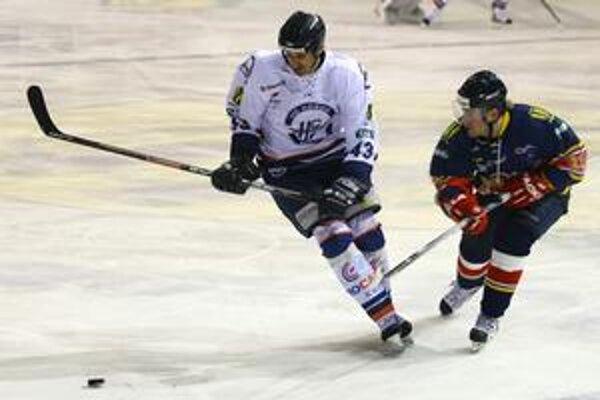 Legionár Lukáš Hvila (vľavo) je už hráčom Plzne.