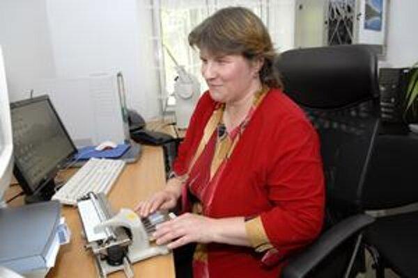 Kveta Holeštáková, matka štyroch detí sa so zrakovým postihnutím už narodila.