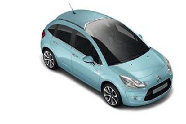 Text: Citroën C3 novej generácie. Podtext: Predné okno zasahuje až do strechy.