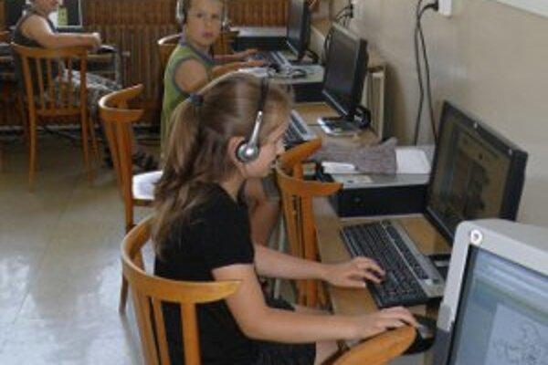 Deti z Poruby už do školy v obci nechodia, bola zrušená.