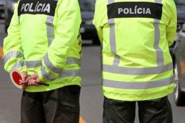 Počas prvého školského dňa opäť pomôžu policajti. ILUSTRAČNÉ FOTO