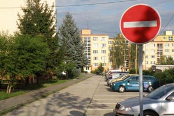 V Prievidzi pribudli jednosmerné ulice.