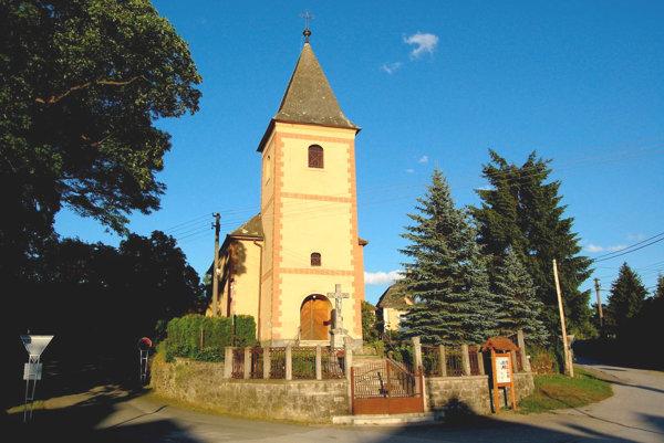 Gotický kostolík v Betliari pochádza zpolovice 14. storočia.