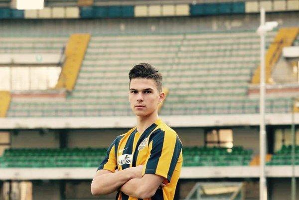 Ľubo Tupta. V drese Hellas Verona.