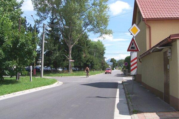 Kratinova ulica vo Vrútkach.