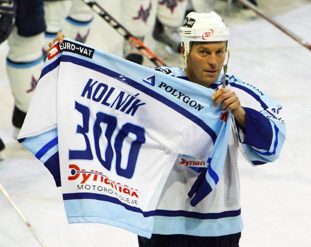 Najlepším strelcom tímu pri zisku bronzových medailí v sezóne 2005/06 bol bývalý reprezentant Ľubomír Kolník.