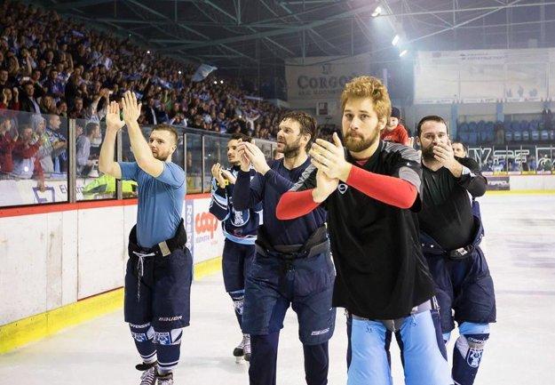 V striebornej sezóne 2013/14 za Nitru chytal reprezentant Slovinska Robert Kristan.