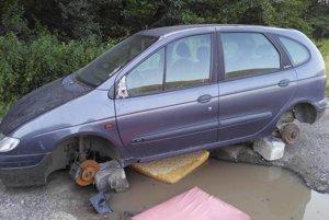Z auta sa postupne stáva vrak, súčasný majiteľ oň nemá záujem.