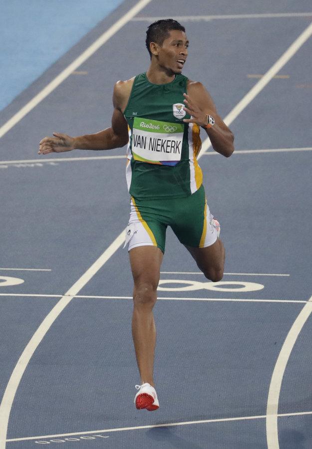 Wayde Van Niekerk dobieha vo svetovom rekorde.