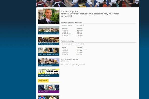 Oficiálna stránka mesta. Časový plán, ktorý podpísal primátor Raši, uvádza, že uzávierka materiálov na mestskú radu je 10. 8. Nie je tam žiadna poznámka, že sa to týka úradníkov.