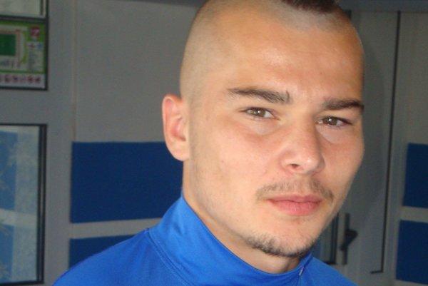 Do seniorského futbalu vhupol v MŠK Rimavská Sobota.