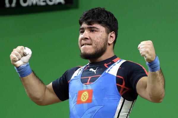 Artykov získal v Riu bronz. Pre pozitívny dopingový test ho musel odovzdať.