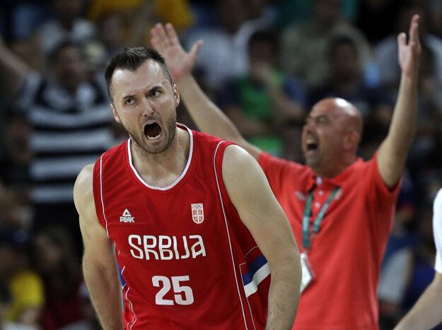 Americkú hegemóniu sa pokúsia zrušiť Srbi. Na snímke Milan Macvan a jeho radosť z postupu do finále.