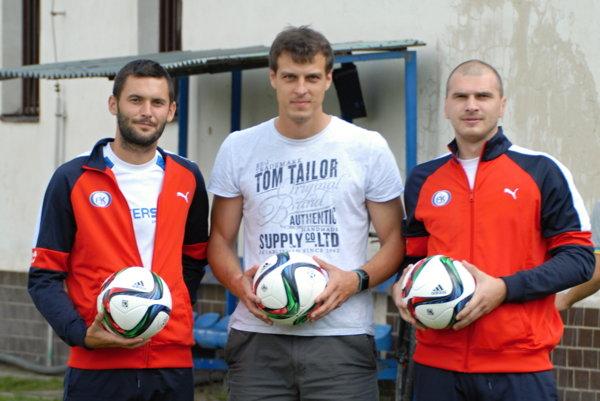 Zľava: Tomáš Tlelka, Peter Strapáč aMarek Hlava.