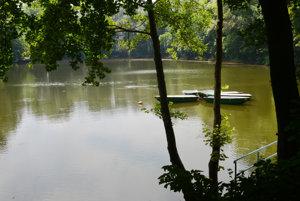 Takto vyzeralo prvé jazero na Železnej studienke v júli 2015.