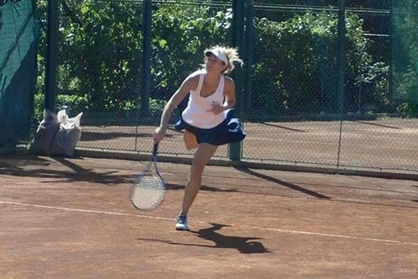 Lučenčanka na tenisových dvorcoch.